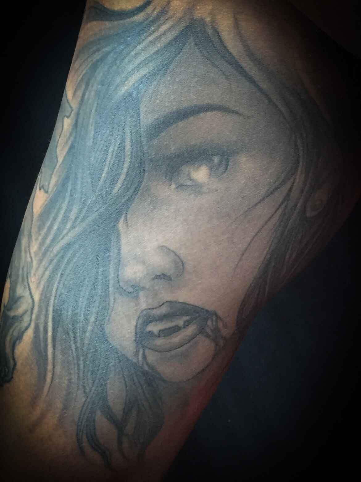 black-and-grey-tatoo-by-resident-Funhouse-Tattoo-artist-Leo-Cadanezzi-in-San-Diego