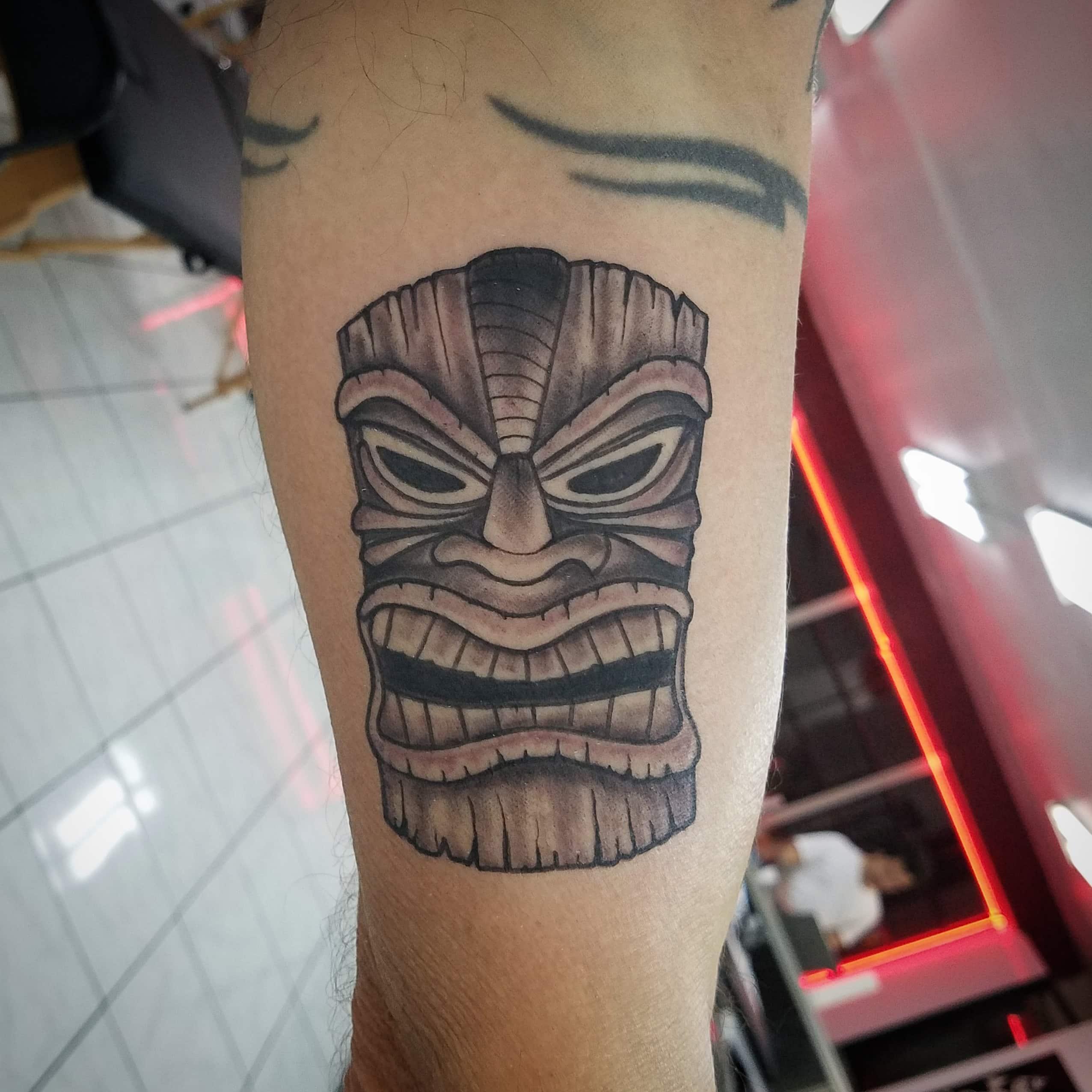 Tiki mask tattoo-min