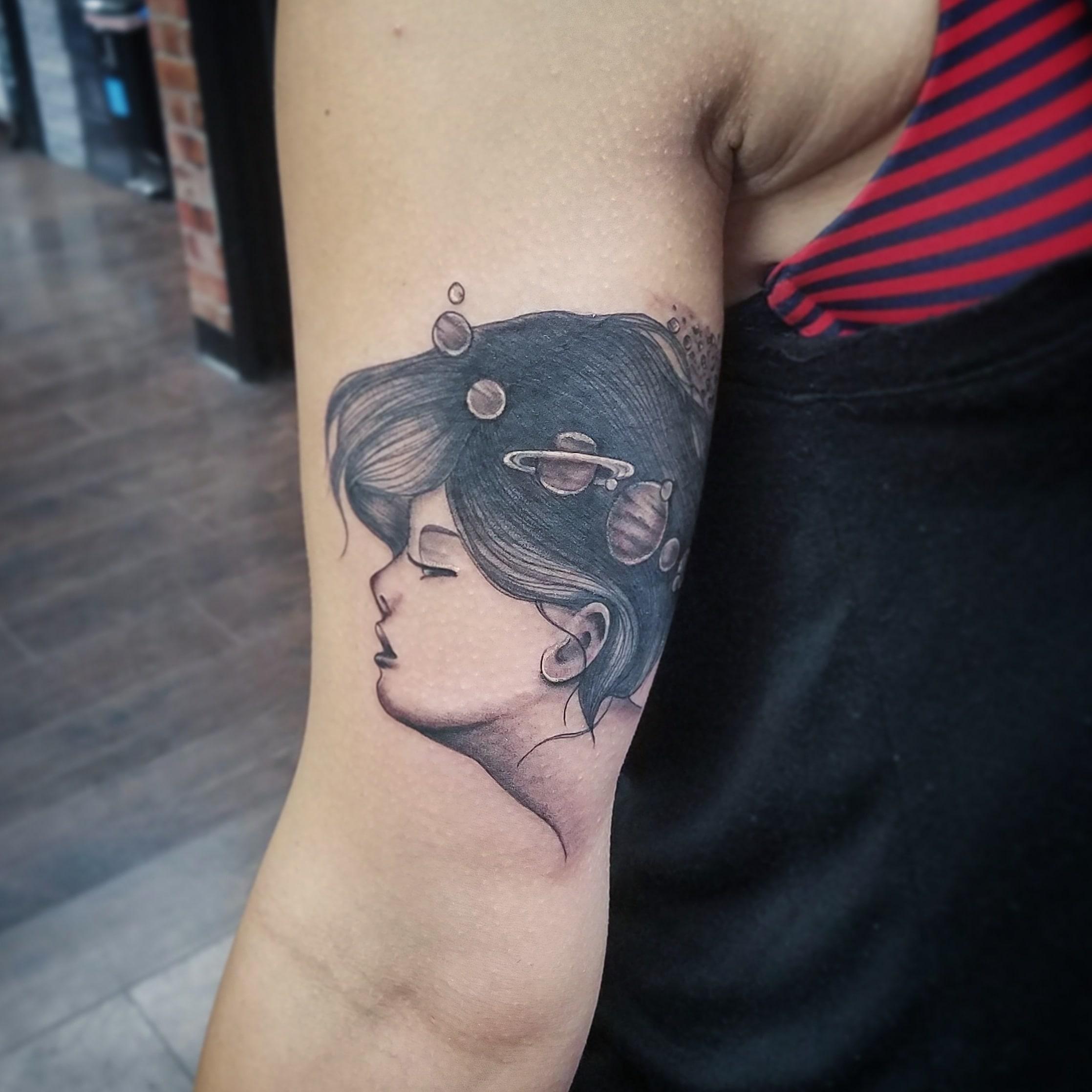 girl portrait-min