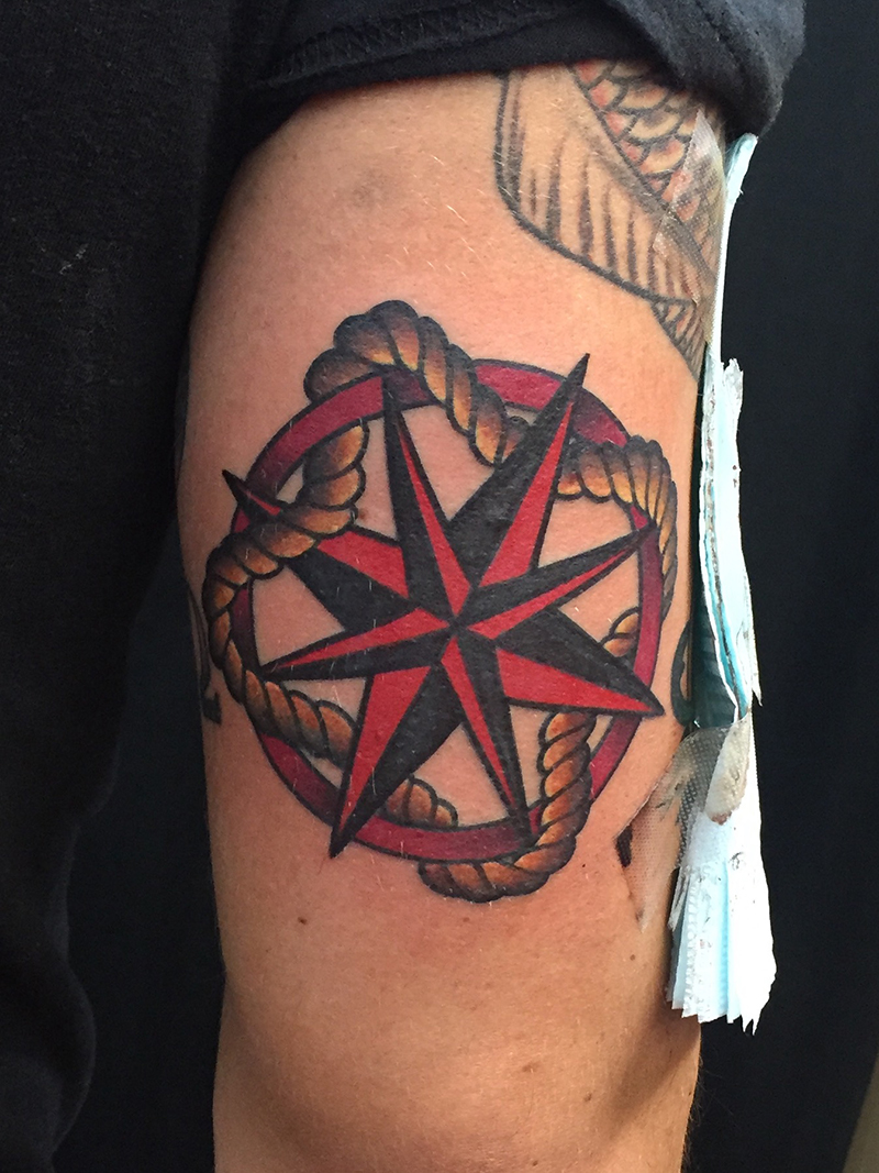 American traditional compass rose nautical star with rope