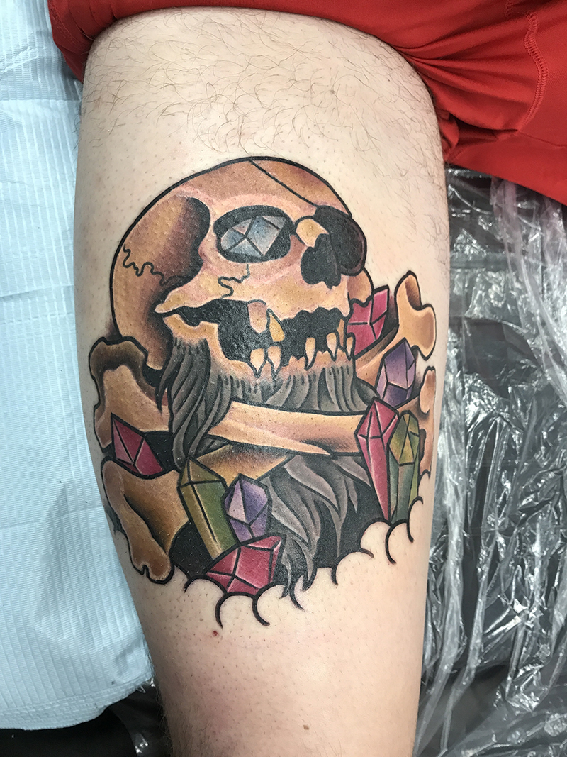 traditional style pirate skull tattoo