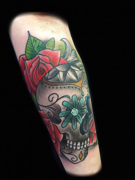 colorful-dia-de-los-muertos-skull-tattoo-by-Roger-Solis-in-San-Diego