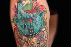 thumbs_Alice-in-wonderland-tattoo-in-cartoon-style-by-Roger-Solis
