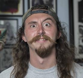 hunter-knolmayer-tattoo-artist