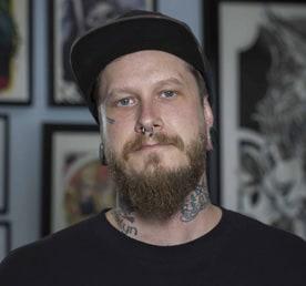 tristan-lewllyn-tattoo-artist