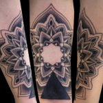 Here's a geometric Mandala with a small cover up at the base.